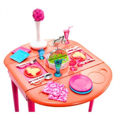 Barbie Dining Room Set: BARBIE DINNER TO DESSERT! Dining Room T7536